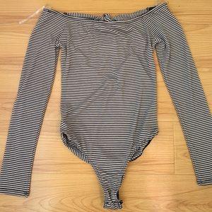 Pin striped bodysuit 🖤